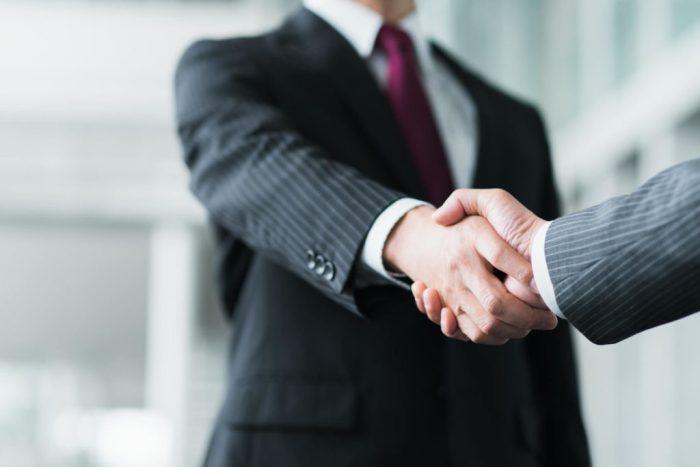 pixta 38041121 L 1024x683 1 - 広報職に就職したい!業界秘話や面接対策、話法・スキルまで全10選!
