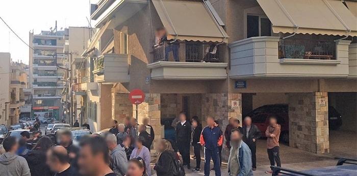 Πέταξε το παιδί της από το μπαλκόνι