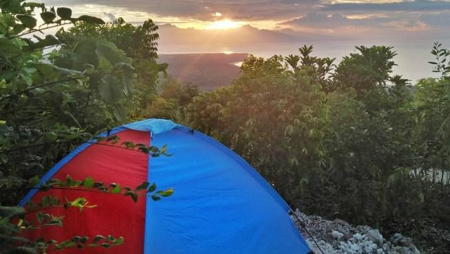 tent-sunset-kamp-aninipot-c-rhodz-imee-lines