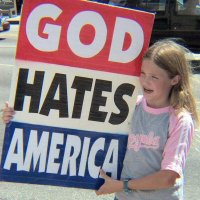 Benarkah Agama Menyebabkan Tindakan Kekerasan?