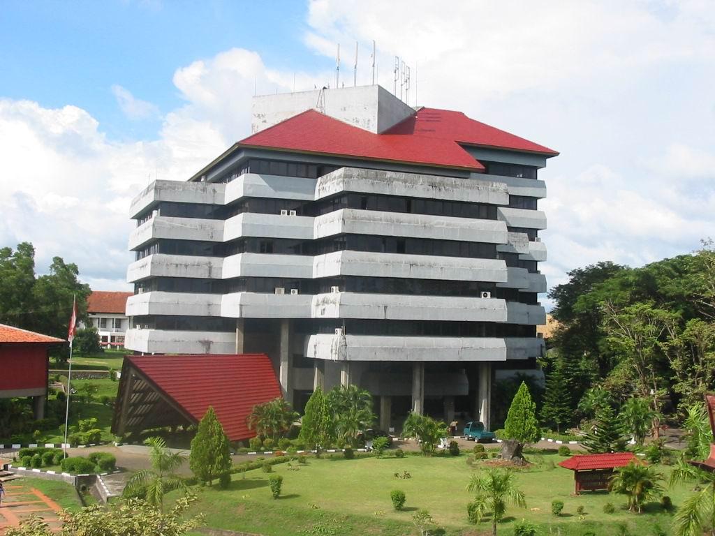 (kesesuaian) praktik akuntansi dengan menentukan. 15 Jurusan Favorit di UNHAS Makassar (2020) - Kampusaja