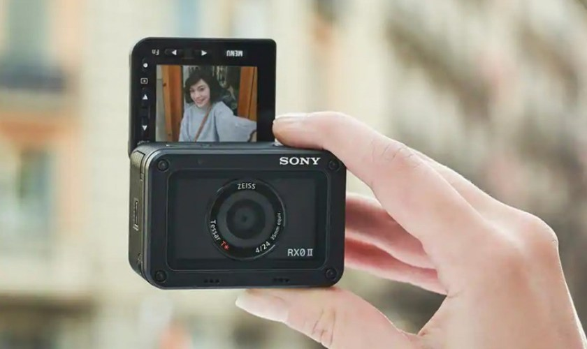 Kamera Terbaik untuk Vlogger Sony RX0 II