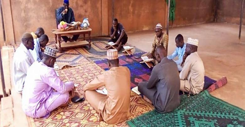 Photo of محاضرات قرآنية وفقهية تقيمها مؤسسة تابعة للعتبة الحسينية في جمهورية (بوركينا فاسو)