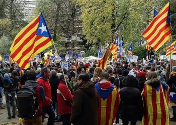 İspanya'da ayrılıkçı Katalanların tutuklanmasına tepki