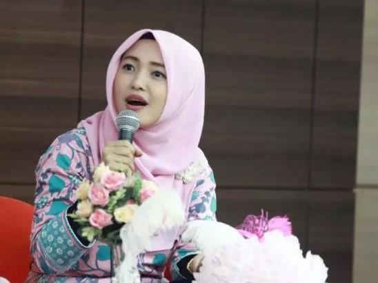 Ibnu Riyanto, Suami Sally Giovanny Sosok Dibalik Sukses Batik Trusmi