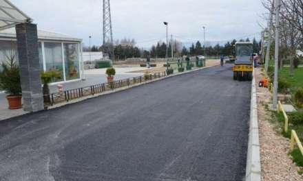 Асфалтирана е улицата покрај градскиот стадион