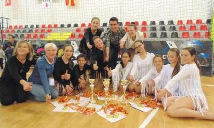Танчерки од Струмица и Валандово преку Ритам Плус -Шампионки во современи и латино танци