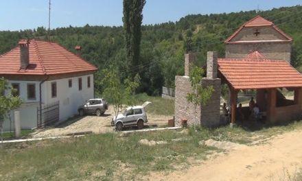 Репортажа – Како да се вратат во Варварица, село  кое има потенцијал а нема струја