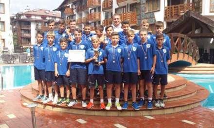 Најмладите пионери на А.Пандев – бронзени на Евима Купот во Бугарија, Талаков најдобар среден играч