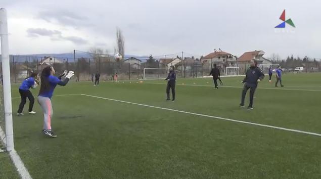 Видео – Тиверија најмасовен женски фудбалски клуб во Македонија – потенцијал има велат од клубот