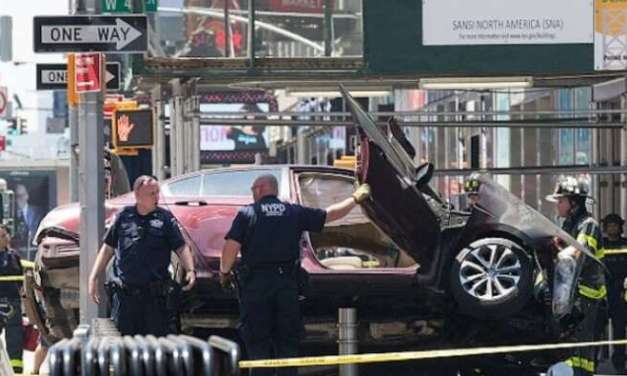 """Возачот,кој  прегазил пешаци на """"Тајмс сквер"""",сакал """"да ги убие сите"""""""