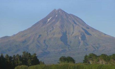 ВИДЕО- Вулканот Kampi Flegrei во Италија пред ерупција,загрозен животот на 360 000 жители