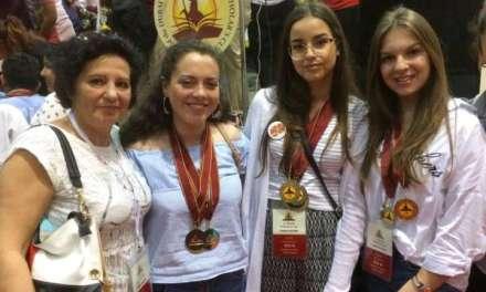 """Ученици од СОУ """"Јане Сандански"""" на светски натпревар по англиски јазик во Атина"""