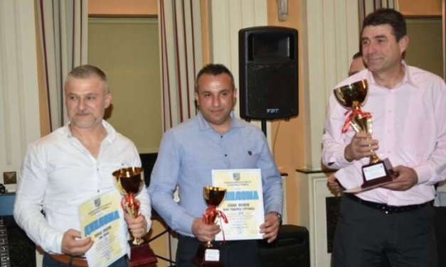 Одбојкарите на Струмица и кикбоскерите на Тим Зоран избрани за најдобри во струмичкиот спорт за 2017