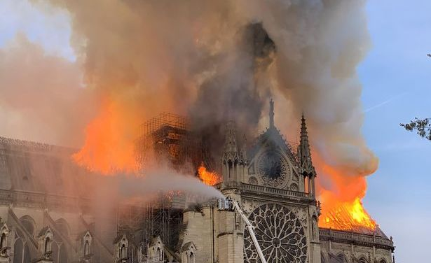 Богородичната црква во пламен: Се урива историја и уметност стара девет векови