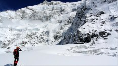 Kanchenzonga South Face before arriving to Colle Sella