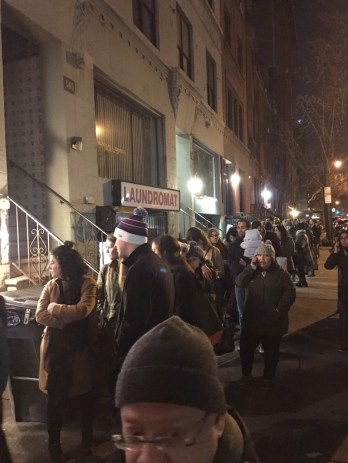 The insane line @ Levain Bakery