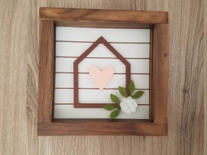 Read more about the article DIY Simple Wooden Home Decor Piece