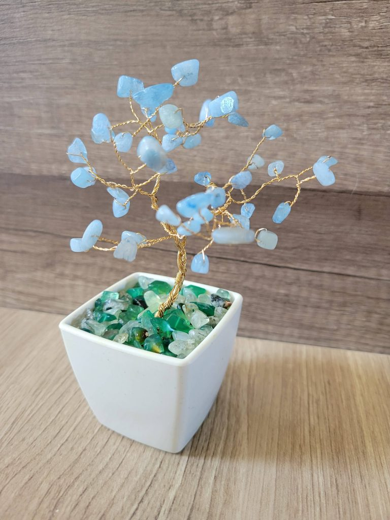 Read more about the article Learn How To Make A Wired Tree With Crystals