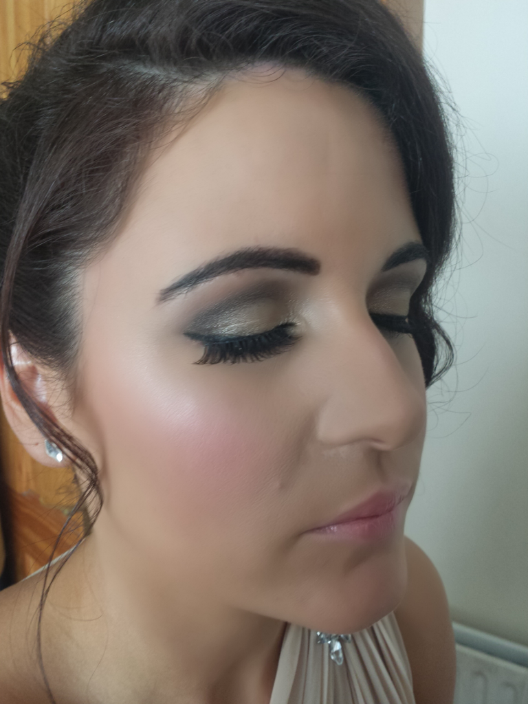 Makeup Forever Hd Foundation Review  Kandigloss Blog