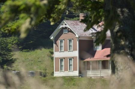 "<img=""Hughes House at Cape Blanco, Oregon"">"
