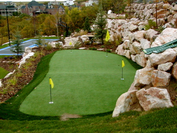 Putting green and tiered walls