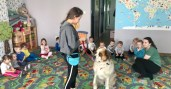 Dogoterapia w żłobek Bemowo Warszawa | KANGUREK