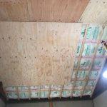 天井板の貼り付け