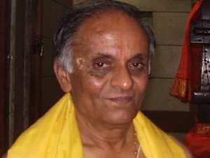 0507 Srimad Bhagavad Gita Hindi Aid0038
