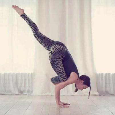 Yoga of Eleonora (1)