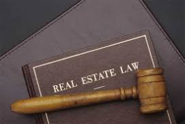 real-estate-lawyer-4