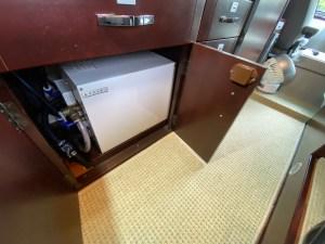ACボイラーシステムでお湯の使用も可能です ナッツRVボーダーバンクス(バスコン)  滋賀県長浜市のキャンピングカーレンタル滋賀カノアカーレンタル