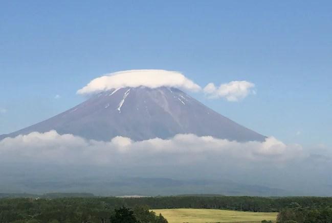 ふもとっぱらから富士山の眺め