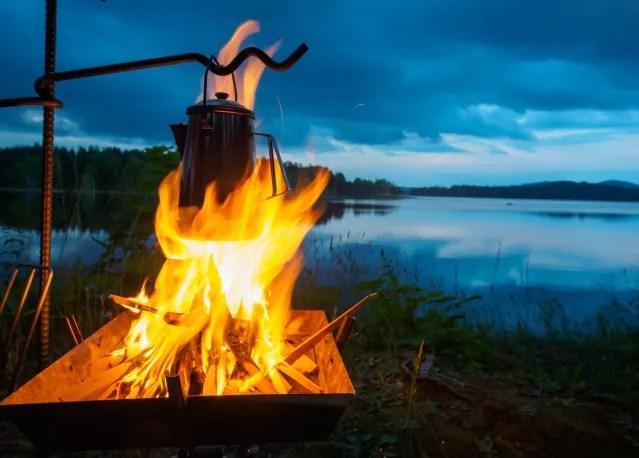 夏キャンプまとめ記事の低地キャンプ寒さ対策写真