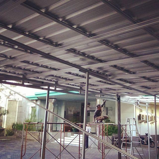 canopy baja ringan tanpa tiang 7 keunggulan kanopi spandek ph wa 0822 14146314