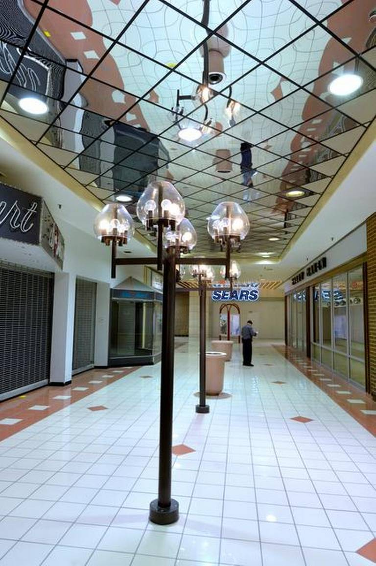 Ward Parkway Shopping Center : parkway, shopping, center, Ghostly, Memories, Christmases, Kansas