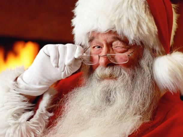 Photos with Santa in Kansas City - Santa Claus winking