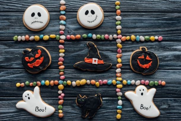 Free and Cheap Kansas City Halloween Parades, Parties & Other Events for Kids - Halloween cookies