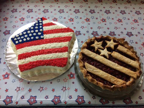 4th of July cake and pie