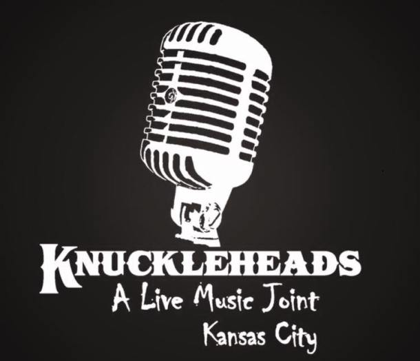 Live music at Knuckleheads in Kansas City - retro microphone