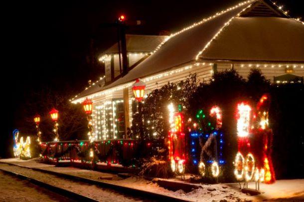 Kansas City Santa Train - Train station decorated with Christmas lights