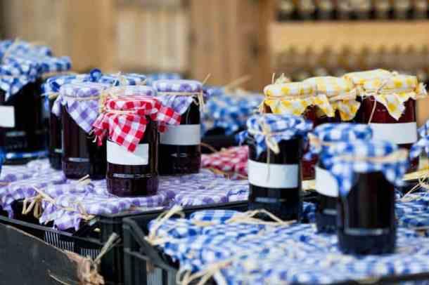 Farmers markets in Kansas City - homemade jams