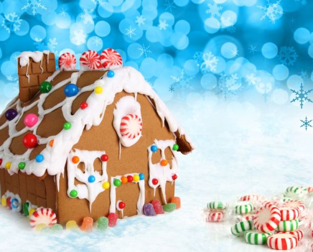 holiday fun for kids in Kansas City - gingerbread house
