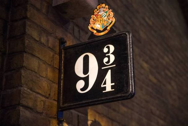 Free Harry Potter at Home website - Platform 9 3/4 sign