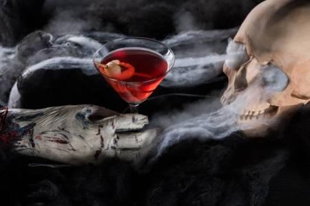 Kansas City Halloween Bar - cocktail and skull