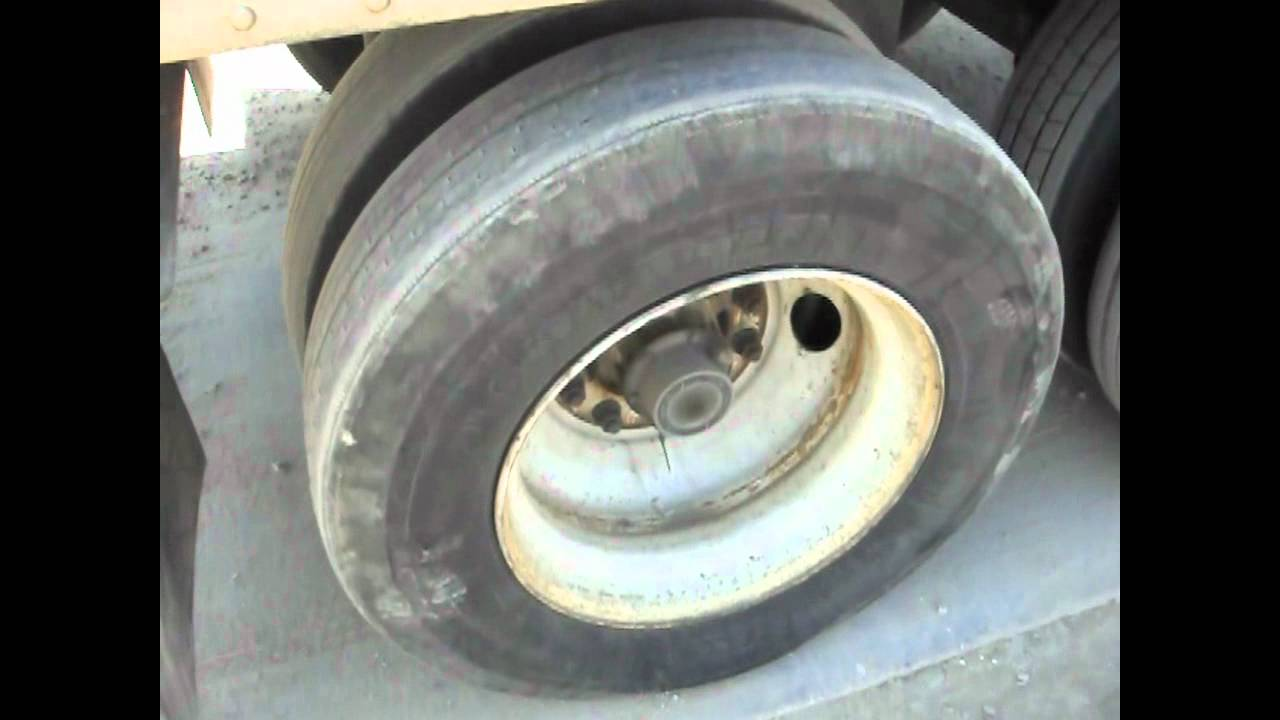USA Truck dealing with flat tires