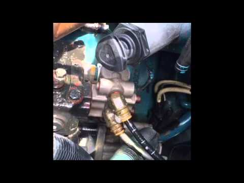 2007 international 4300 DT466 BAD AIR COMPRESSOR GOVERNOR DIAGNOSTIC AND REPAIR