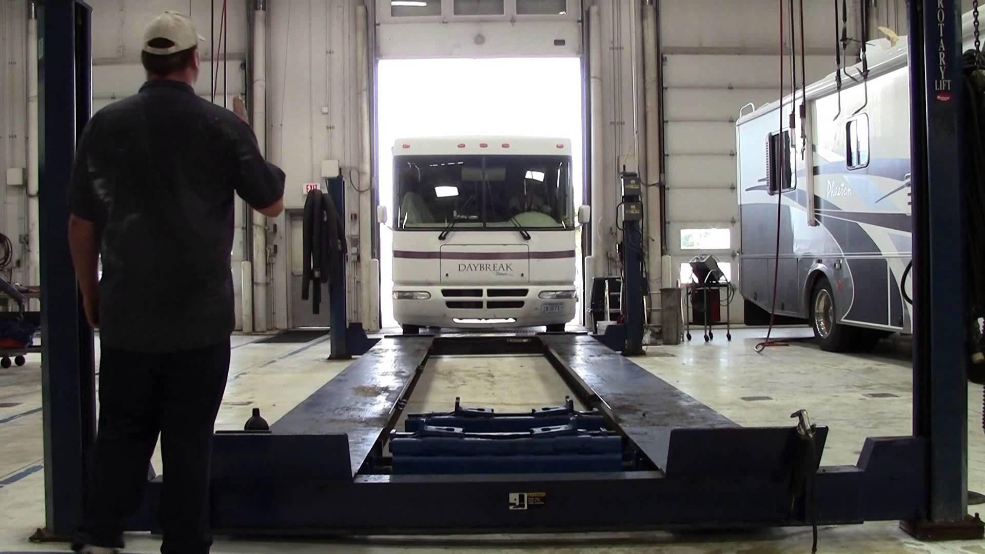 Mills Truck Service Center