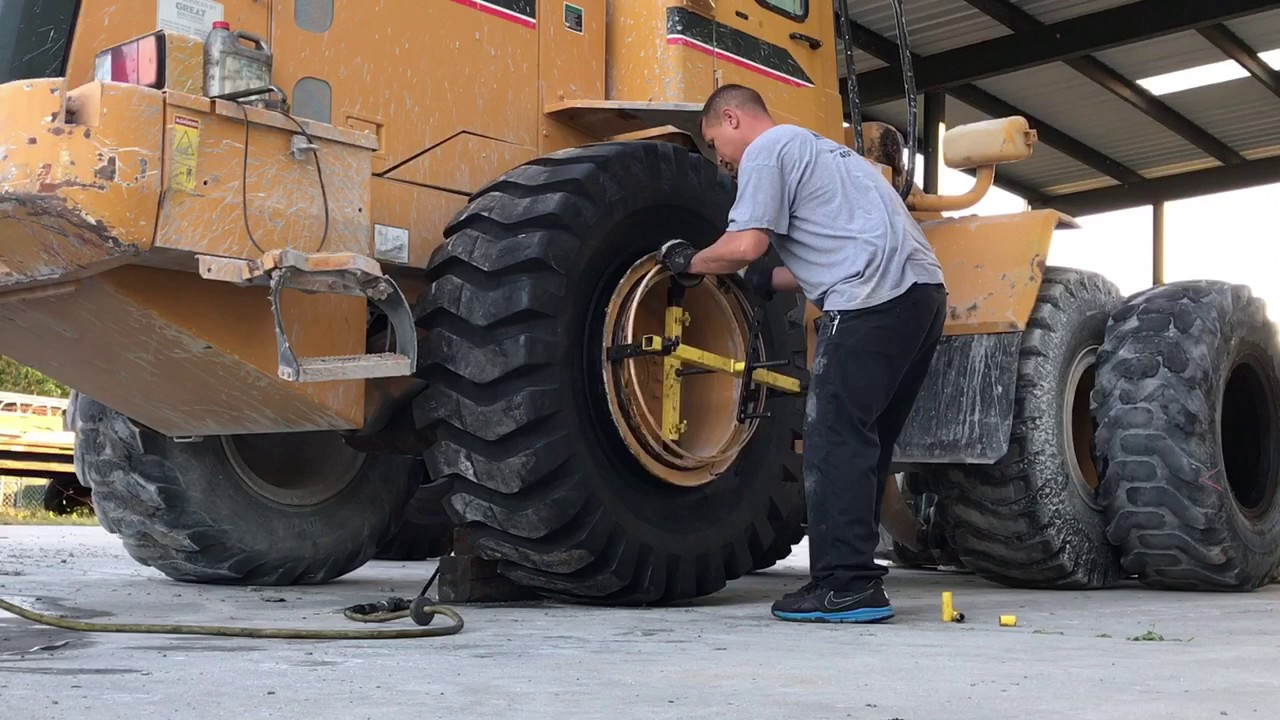 Changing 2 loader tires 20.5-25