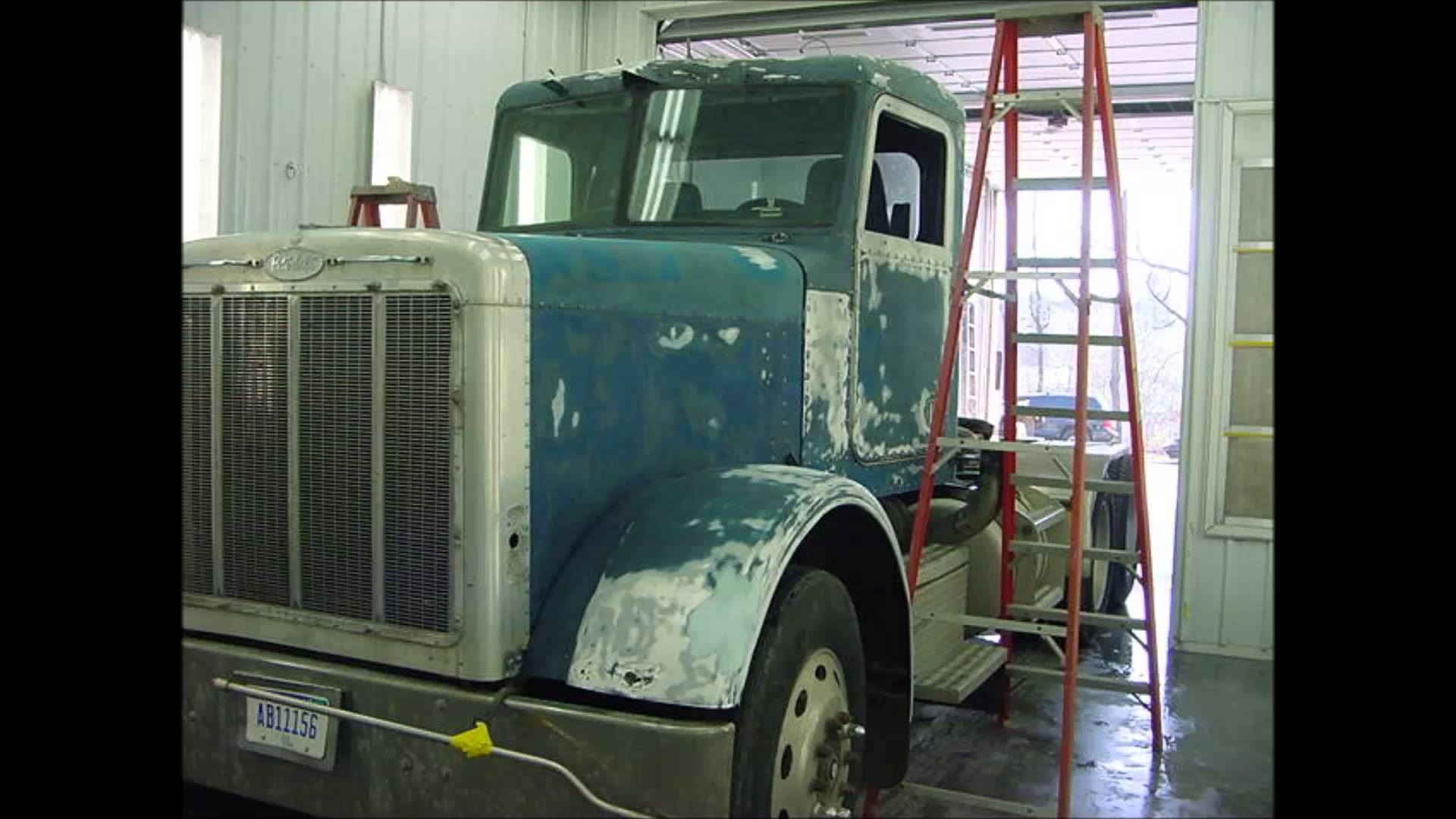 Robinson's Body- Semi Truck